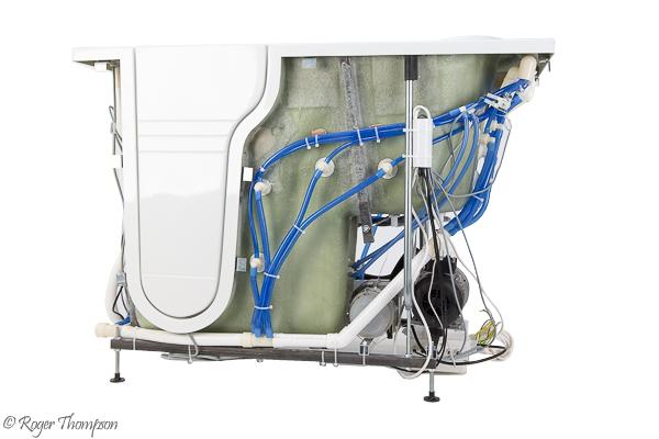 Pegasus Whirlpool, westray Bath - 360° spin